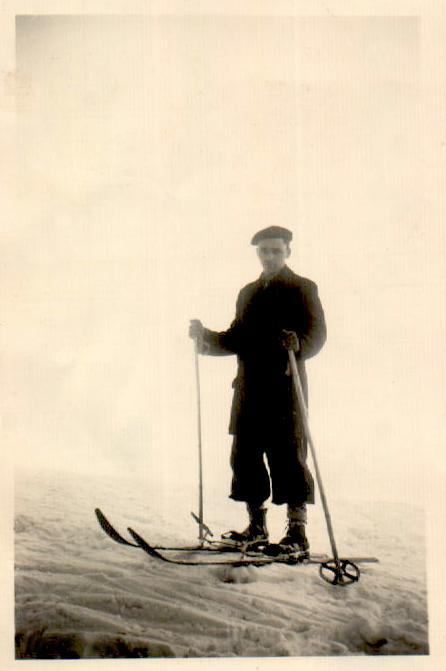 ESQUIANDO - 1950