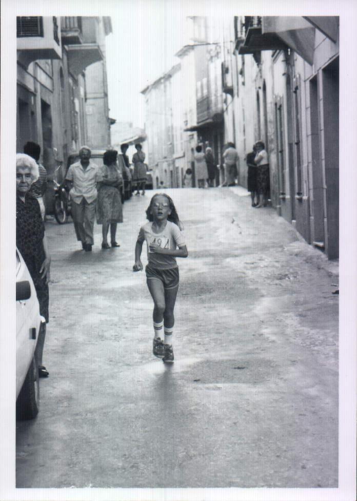 NINA A MINI-MARATO FESTES DE SANT VICTORIA - 1980