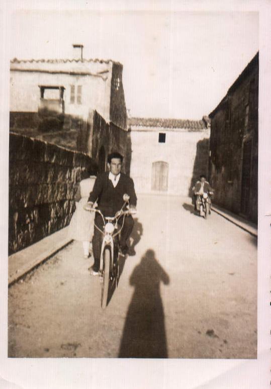 CON EL MOBILETTE, MATEU PORTELLS SASTRE - 1950
