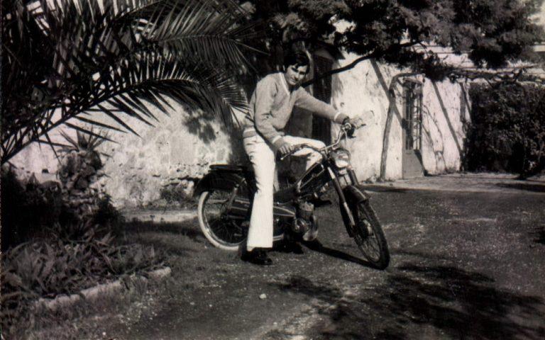 Jaime Portells en mobilette – 1975