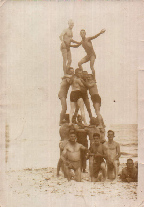 En la playa – 1943