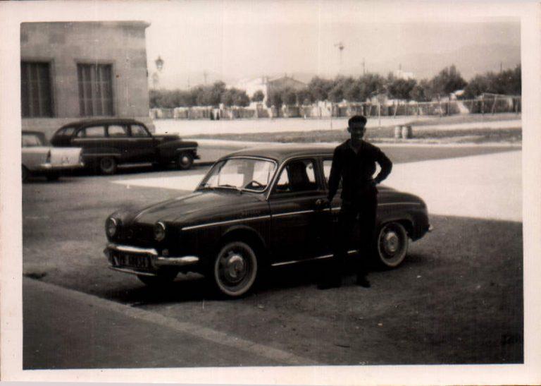 Hombre con coche – 1965