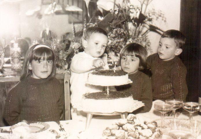 CUMPLEAÑOS - NIÑOS TARTA - 1968