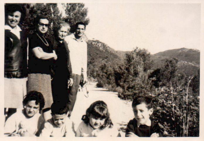FAMILIA - 1958