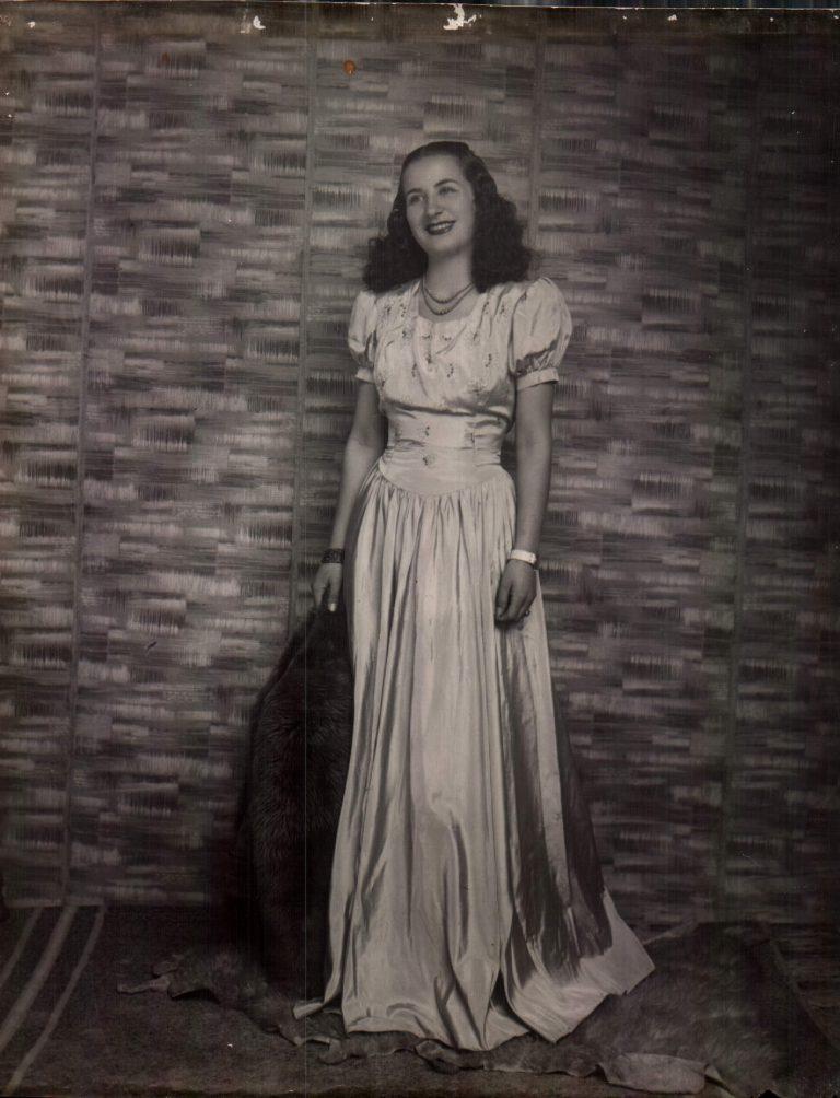 Dona – 1943