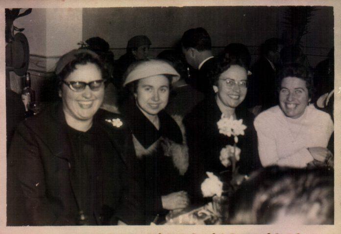 FAMILIARS - 1962