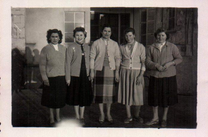 AMIGAS - 1943