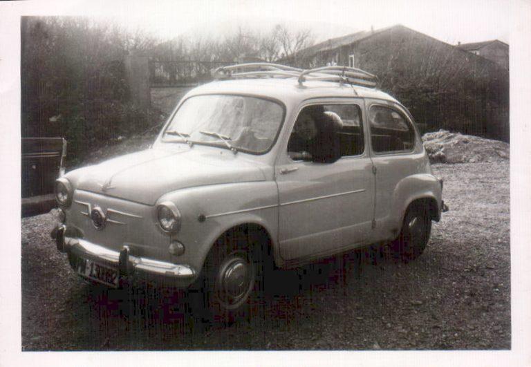 Coche antiguo – 1955