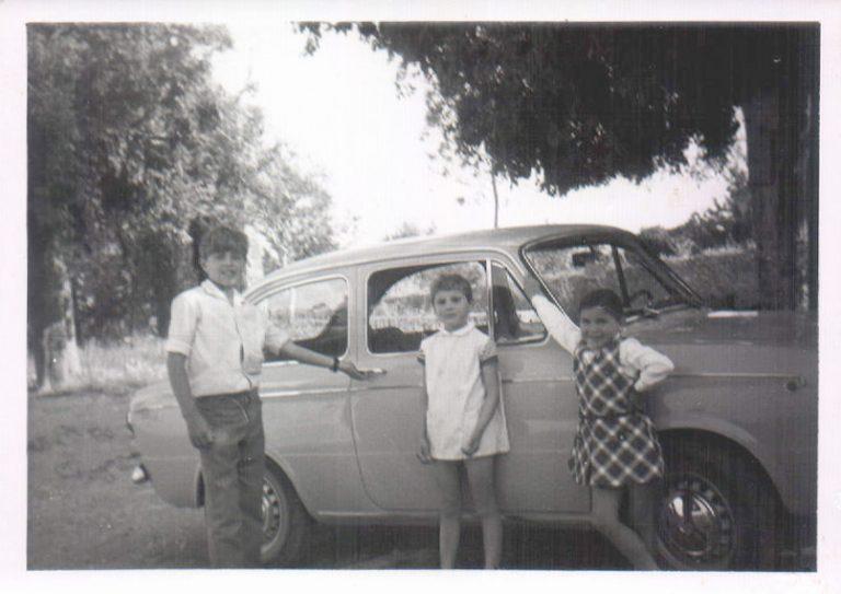 Niños en un 850 (Biniatria) 1969