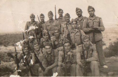 Grup de 'quintos', servei militar – 1949