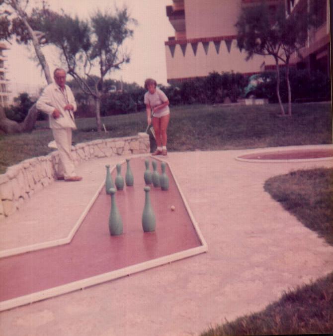 MINI GOLF - 1979