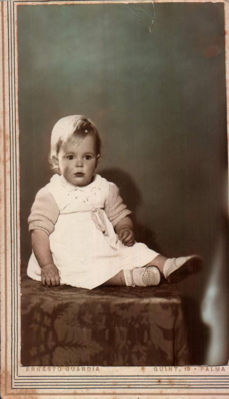 Niña pequeña – 1942