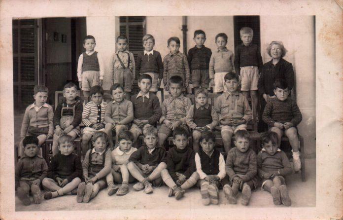 ESCOLA NACIONAL SON SERVERA - 1945